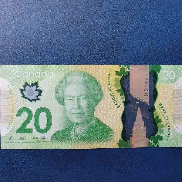 undetectable counterfeit canadian dollar